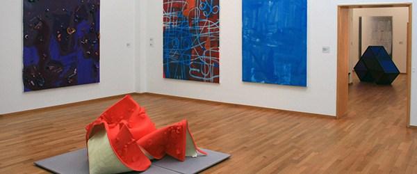 Grensverleggend is een nogal vreemde titel voor een tentoonstelling kunstwerken die grenzen niet meer kennen. De collectie van Kreuk kom namelijk uit het internationale beurzen circuit. Grenzen bestaan daar niet […]