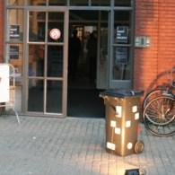 Onderdeel van Incubate dit jaar was de performance-avond georganiseerd door de buren PietMondriaan.com. Dat was afgelopen zaterdag avond dus helaas is dit niet meer te zien. Dat heb je met […]