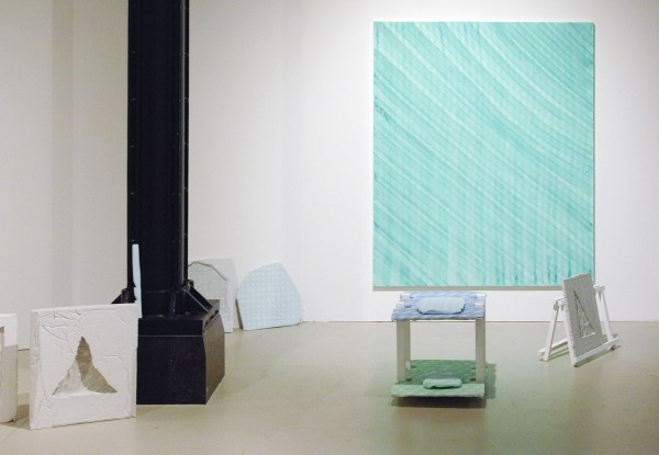 Ralph de Jongh - Zonder Titels & meubels - Gips en Mixed Media
