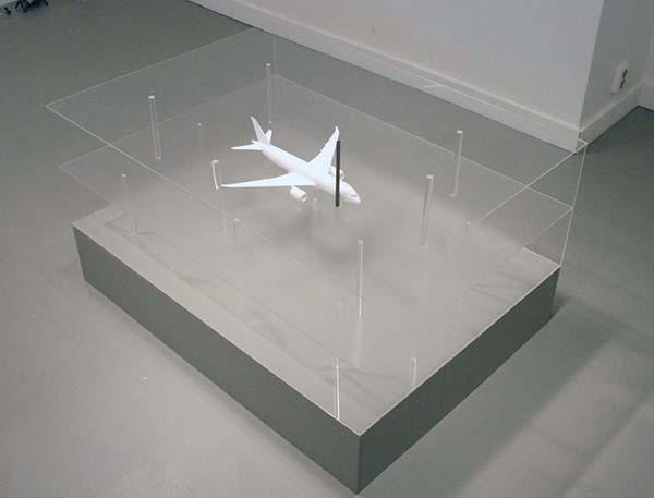 Roger Hiorns - Zonder Titel - Schaalmodel 747