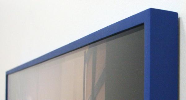 Susanne Kriemann - A Silent Crazy Jungle Under Glass (Black Box) - Lightjet op parelpapier (detail)