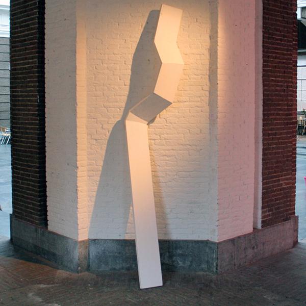 Tijl Orlando Frijns - Cutting - 250x50cm Hout en lak