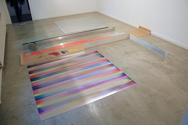 Ton Boelhouwer - Vloeren en Wanden 1 - 13x443x351cm Olieverf op aluminium en papier en stuk stoeptegel