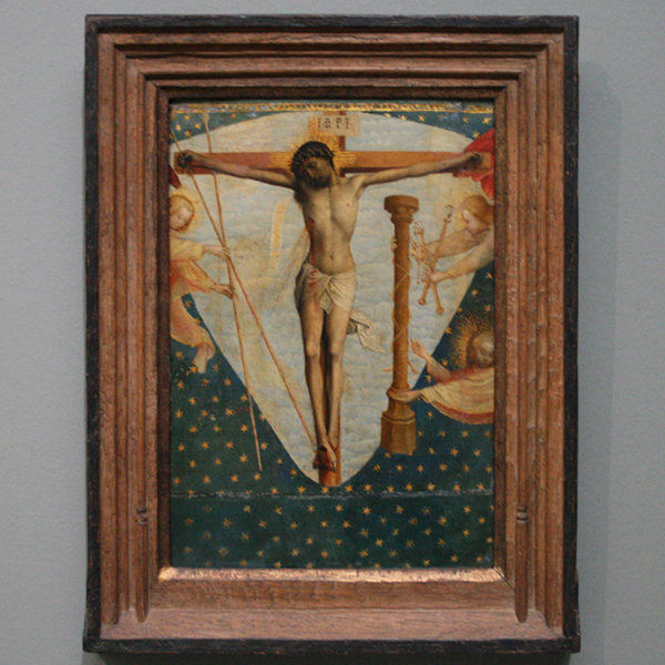 Zuidelijke Nederlanden (Brussel?) - Christus aan het kruis omringd door engelen met de Arma Christi - Paneel, met overschildering door ateliermedewerker van Rogier van der Weyden