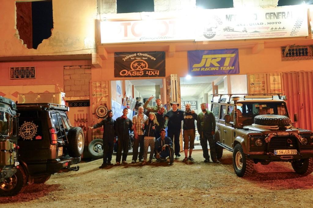 LOST TRACK Reiseblog Afrika Marokko Sahara Wüste Offroad 4x4 Toyota Landcruiser HZJ78 Garage Jaboud Challenge Zagora Vanlife Werkstatt Mechaniker