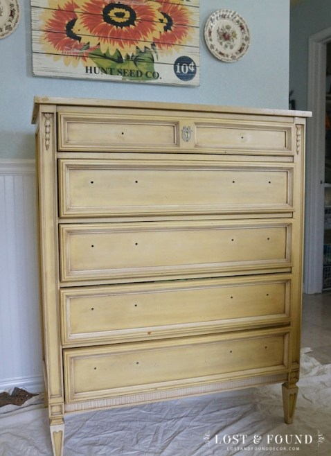 one-day-painting-with-chalk-paint-makeover-1