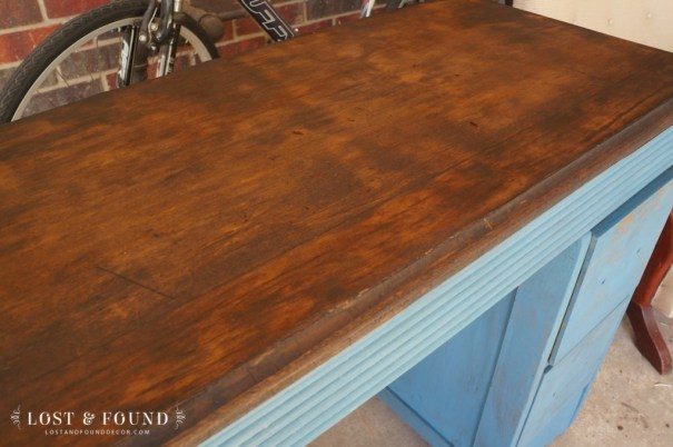 How to Refinish a Table Top