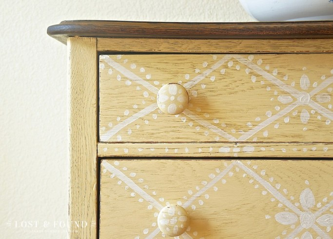 tips for hand-painting furniture designs 5