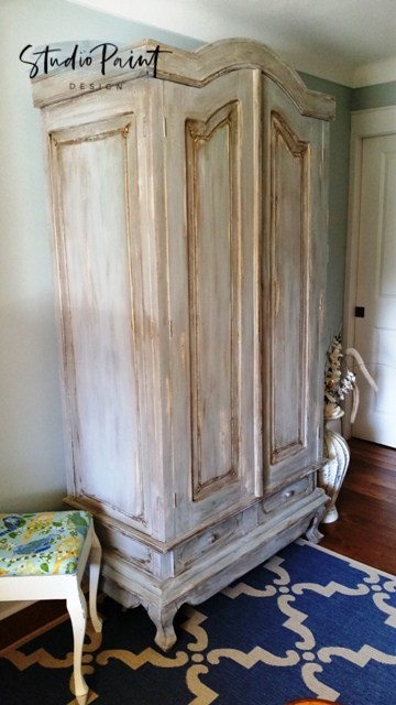 French-Provincial-Painted-Wardrobe-22