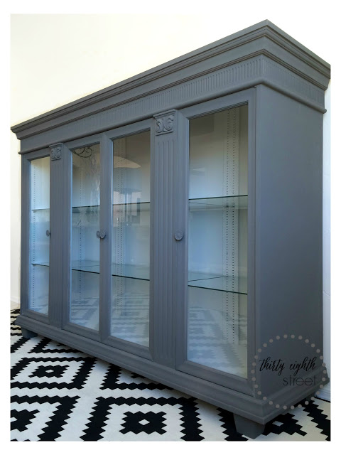 The Nadine Cabinet 0895 F Painted With Pure & Original Classico Paint