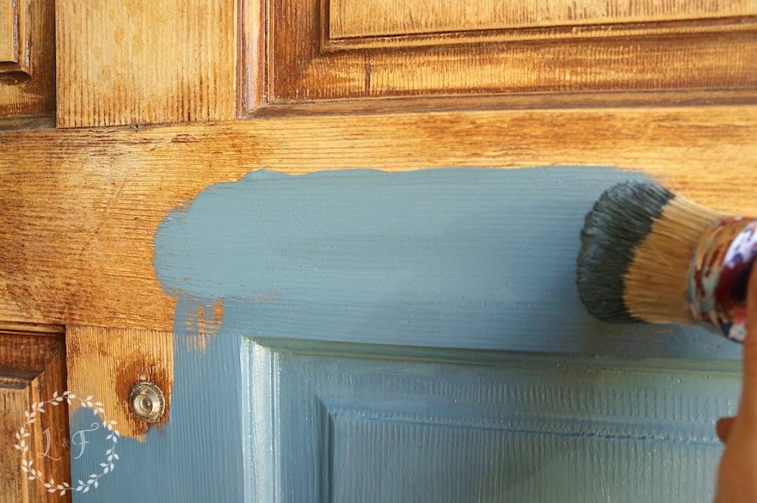 painting the door 2
