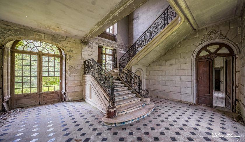 Chateau-Des-Singes.jpg