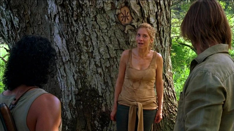 Juliet confronted by Sayid & Sawyer