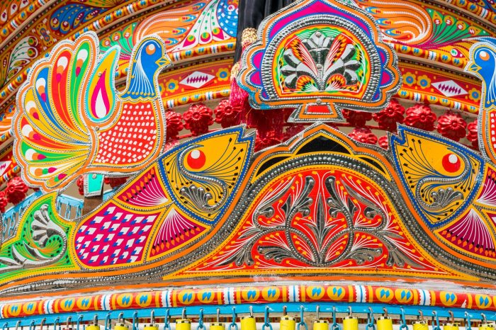 Pakistan bucket list - Detail of Pakistan truck art in Peshawar - Lost With Purpose travel blog