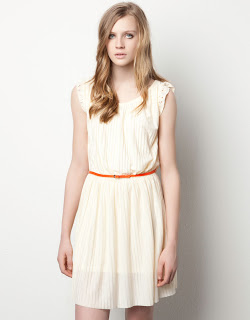 vestido-corto-pull-and-bear-blanco