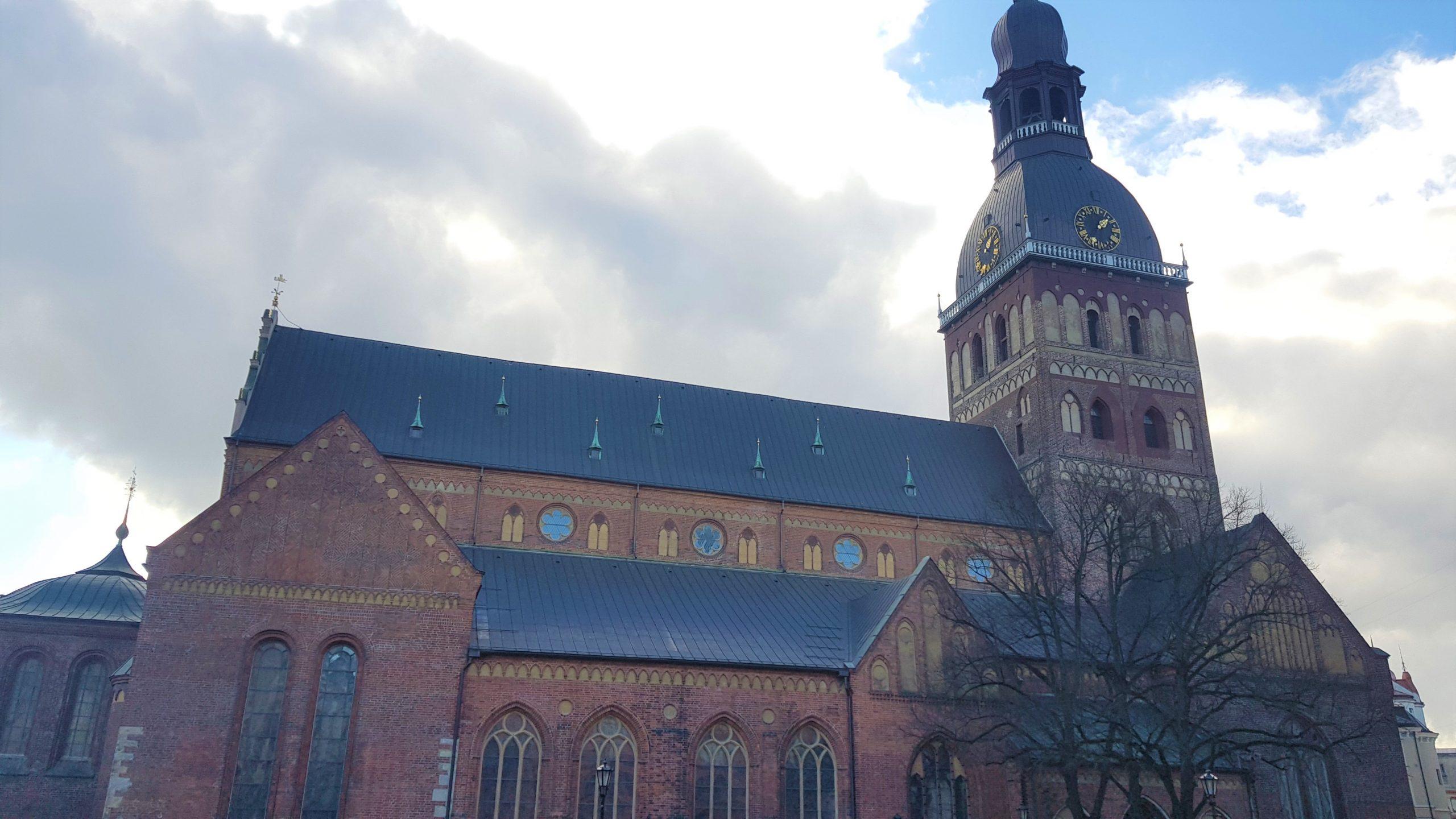 Fachada de la catedral de riga