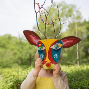 LoLA Christmas Creations art and craft box for kids