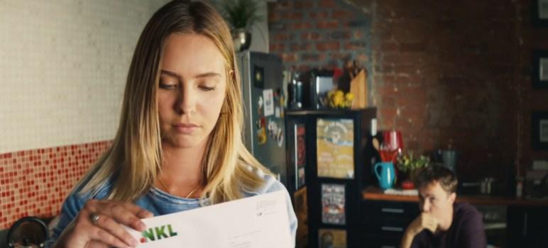 NKL Frau mit Brief