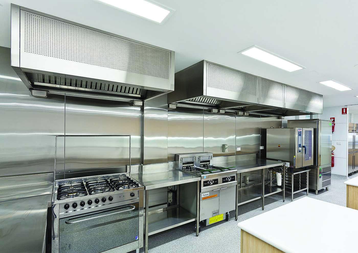 full commercial kitchen ventilation