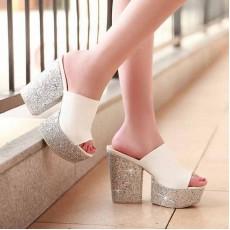 รองเท้าส้นตึก แฟชั่นเกาหลีส้นเตารีดออกงาน นำเข้าไซส์34ถึง39 สีขาว - พรีออเดอร์HS171-7 ราคา1970บาท