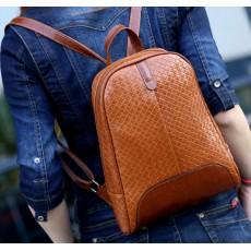 กระเป๋าเป้ สะพายหลังลายหนังสานแฟชั่นเกาหลีผู้หญิงรุ่นใหม่ล่าสุดหนังดีมาก นำเข้า สีน้ำตาล - พร้อมส่งIS1014 ราคา990บาท