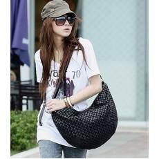 กระเป๋าสะพายข้าง แฟชั่นเกาหลี ผู้หญิงหนังสานสวยเบามาก นำเข้า สีดำ - พร้อมส่งIS169 ราคา625บาท