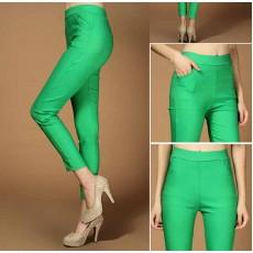 กางเกงเลคกิ้ง แฟชั่นเกาหลีเอวสูงสวยใส่สบายมีกระเป๋า นำเข้า สีเขียว - พร้อมส่งTJ7146 ราคา670บาท
