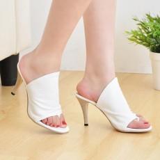 รองเท้าส้นสูง แฟชั่นเกาหลีสวยสวมง่ายสบายเท้า นำเข้าไซส์34ถึง39 สีขาว - พรีออเดอร์RB2127 ราคา1150บาท
