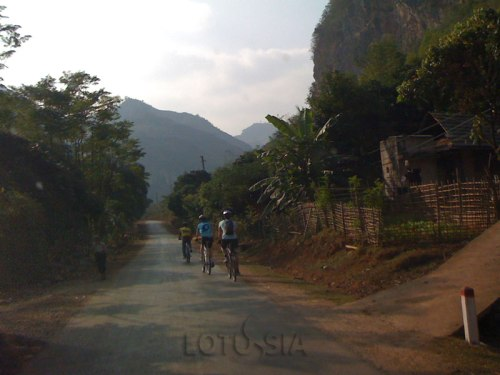 3 Day Lai Chau Vietnam Mountain Biking Tour from Sapa
