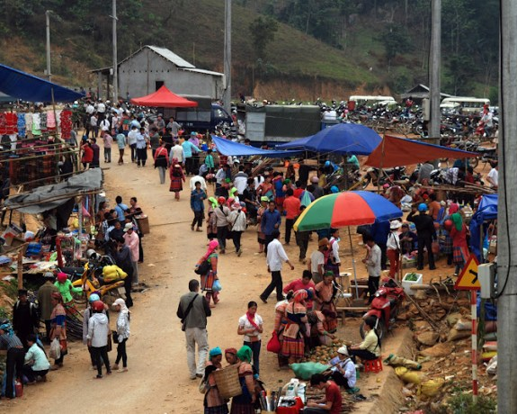 Sapa Coc Ly Market Day Tour
