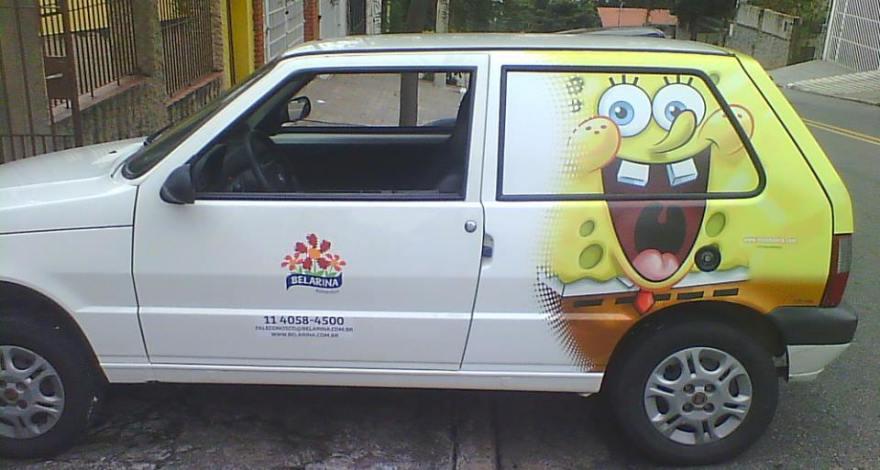 Envelopamento de Fiat Uno