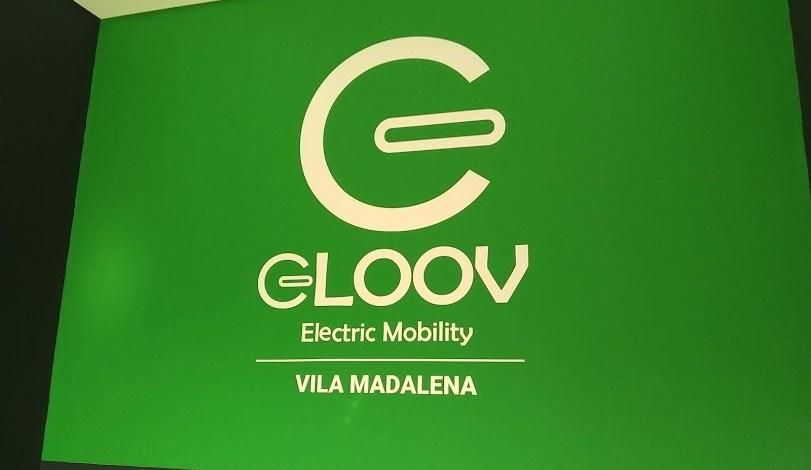 Adesivo com Logo da Gloov 2