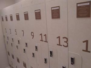 Personalização de portas de armário de vestiários 3