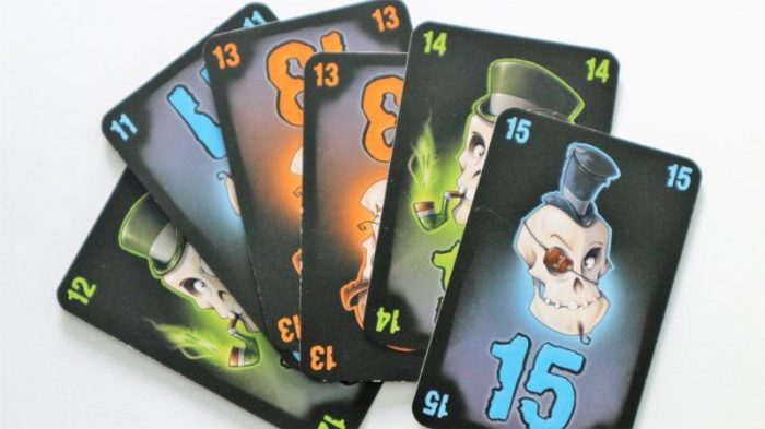 Nox WGG review spelletje kaarten