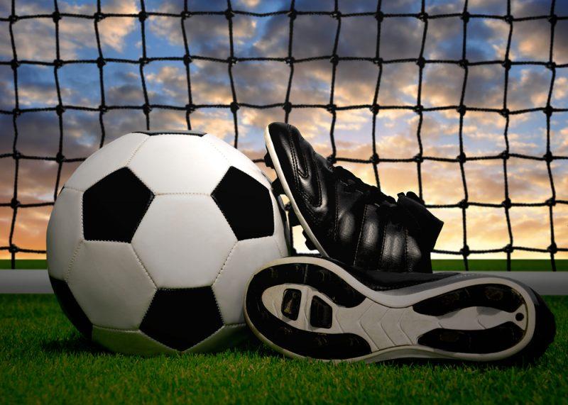 nieuwe voetbalschoenen kopen waarop letten