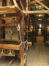 18th Century Hand Looms