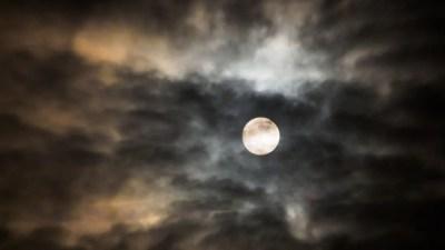 full-moon-020013