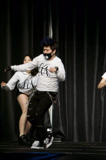 Dancing Team
