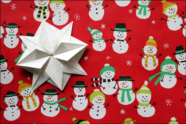 gift wrapping with origami handmade gift topper
