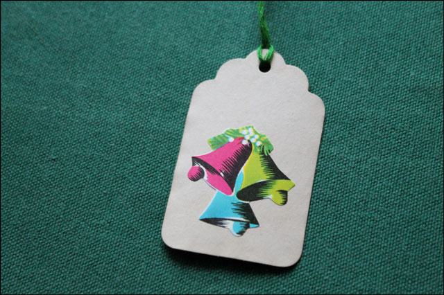 handmade-gift-tag-with-vint