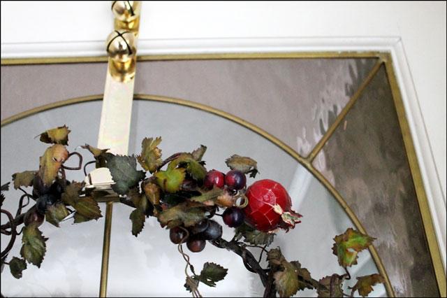 vintage-fruit-wreath