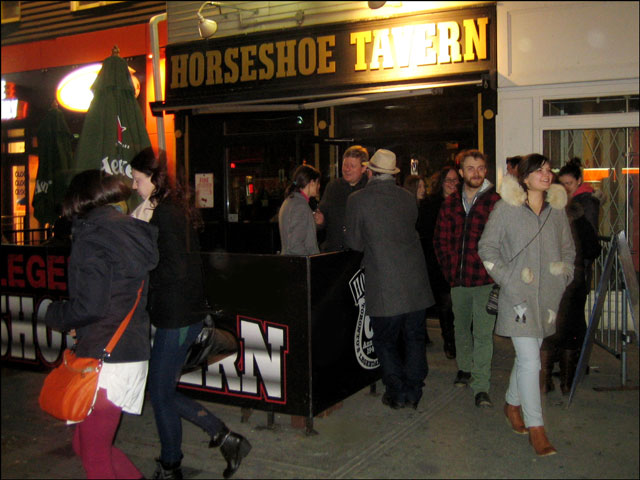 horseshoe-tavern-concert-letting out
