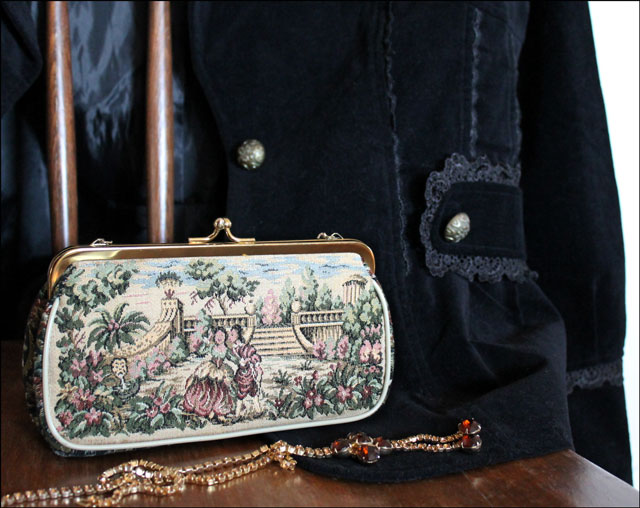 tapestry-purse-and-details