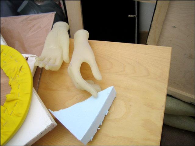 mannequin-hands-02