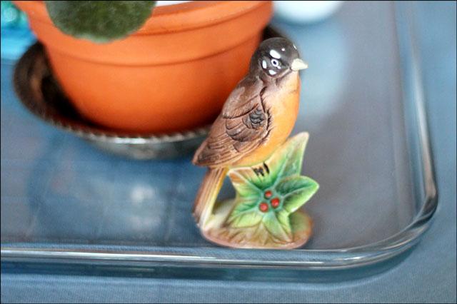 robin-figurine