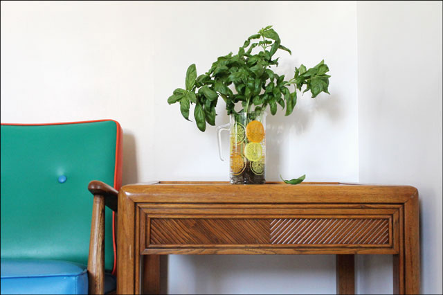 basil-stored-in-vase-of-water