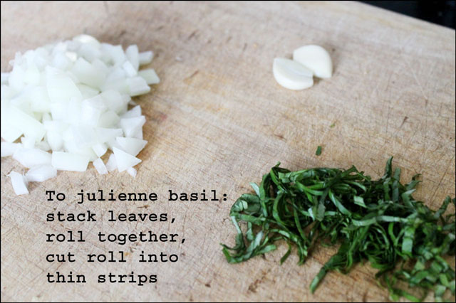 how-to-julienne-basil-cut-in thin strips