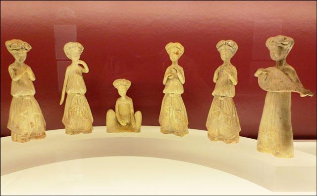 sui-dynasty-musical-figurin