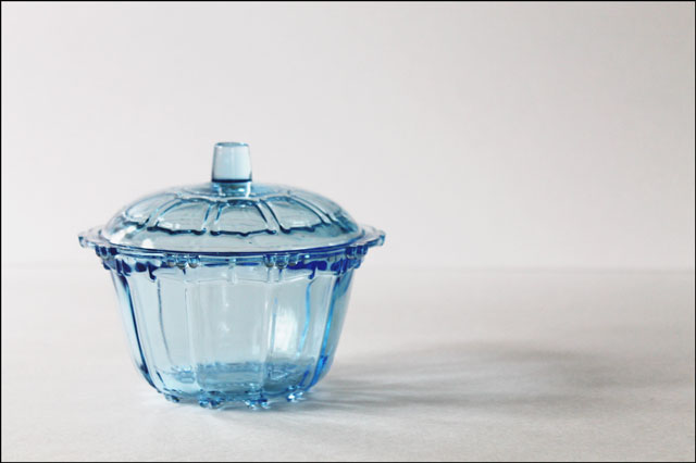 thrifted-blue-glass-dish-wi
