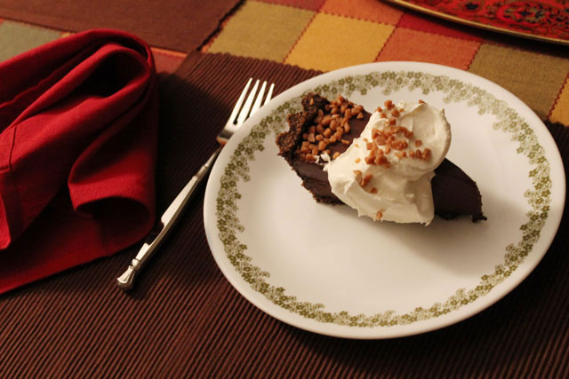 chocolate-pie-serving